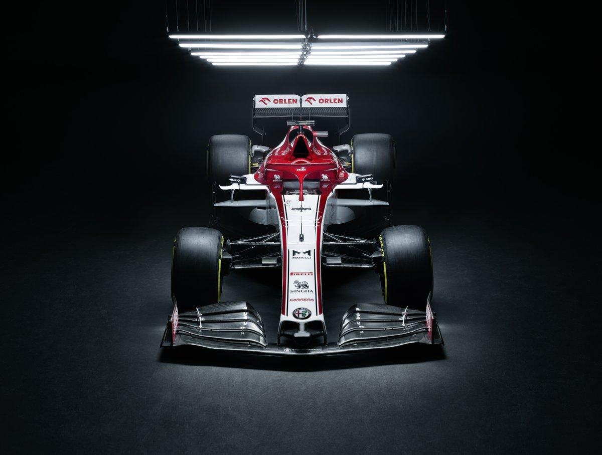 Alfa Romeo front