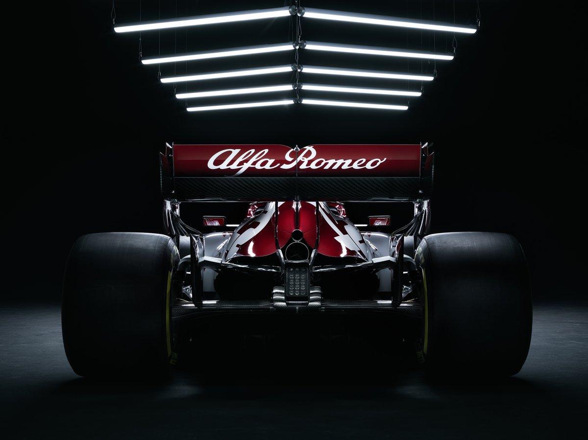 Alfa Romeo back